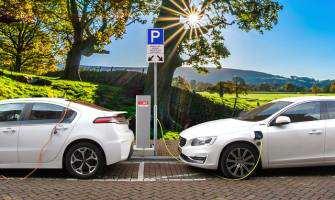 Rejestracja pojazdów elektrycznych w Polsce i Europie